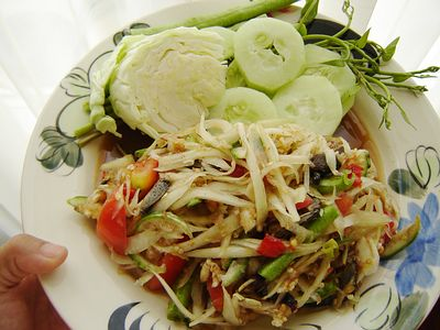 Som Tam Thai spicy salad with vegetables